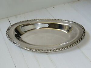 W M Rogers Scrolled Edge Silverplated Oval Bread Tray Dish Platter 4119