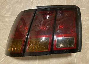 1999 2000 2001 Ford Mustang Cobra Tail Light Lamp Driver Left Smoked Sequential