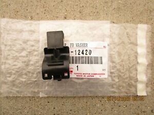 Fits 14 20 Toyota Corolla Front Windshield Washer Nozzle Angle 2 Oem New