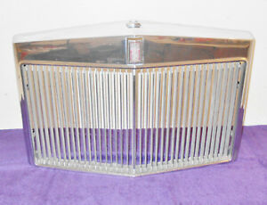 1973 1974 1975 1976 Lincoln Continental Mark Iv Coupe Orig Front Grille Assembly