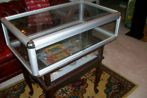 Metal And Glass Counter Display Case aluminum