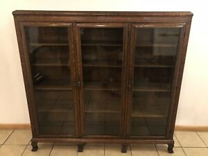 Antique Oak 3 Door Bookcase W Carved Paw Feet 60 X 64 X 14