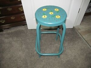 Vintage Metal Stool Work Shop Sturdy Antique Bar Painted Beautiful