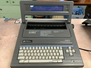 Smith Corona Electronic Typewriter Word Processor Pwp 3 With Cover