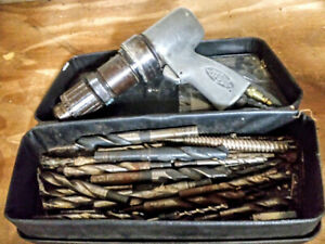 Sioux Tools 1 2 3p1340 Pistol Grip Air Drill 1 Hp 1000 Rpm Assorted Drill Bits