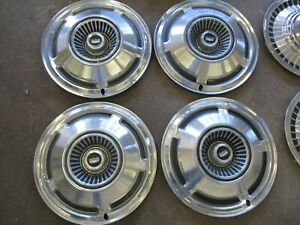 1970 Ford Ltd Country Squire 15 Hubcaps Set Of 4 Oem Hollander 674