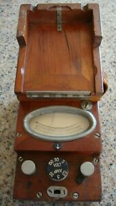Antique Voltmeter In Wood Box Very Old From 0 To 30 Amp 0 To 150 Volts