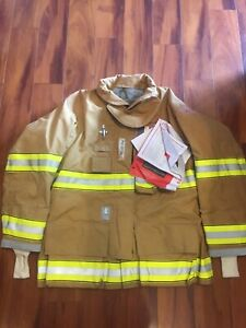 Firefighter Globe Turnout Bunker Coat 48x32 G xtreme 2010 No Cut Out New W Tags
