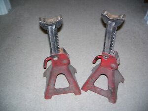 Automotive 3 Ton Jack Stands Pair Extends 11 Low To 16 High Used