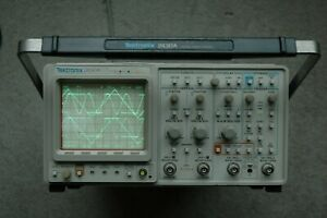Tektronix 2430a 150 Mhz Digital Oscilloscope calibrated works Great Sn b030612