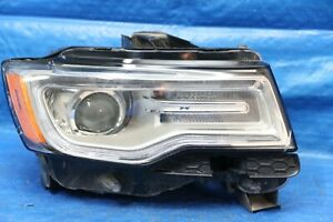 2014 2018 Jeep Grand Cherokee Right Passenger Hid Headlight Oem Damaged Parts