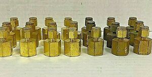 Swagelok B 200 7 4 Brass Tube Fitting Female Connector 1 8 X 1 4 Lot Of 21