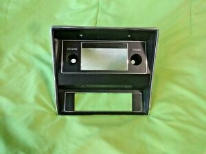 1971 1972 1972 Mustang Radio Bezel Surround Oem Used D1za18842 Ac Clean