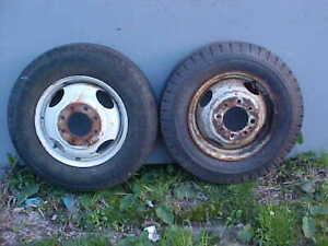 2 16 5 In 8 Lug Steel Truck Wheels Center Hole On One Is 5 In 4 5 On Other