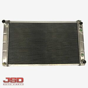 New Aluminum Racing Radiator Fits S b Chevy W Bulit In Transmission Oil Cooler