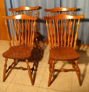 S Bent Bros Colonial Windsor Dining Chairs Set Of 4 Vintage Maple