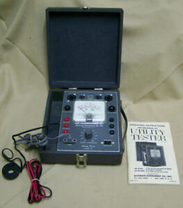 Vintage Accurate Instrument Utility tube Tester 161 W Eveready Neda 8 Battery
