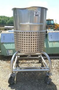100 Gallon Sanitary Stainless Steel Jacketed Tank kettle With Dish Bottom