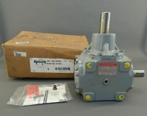 Boston Gear R1414 Right Angle Drive Ratio 1 1 Type F New Surplus