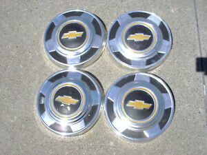 Oem 70s 80s Set Of 4 Chevy Gm 1 2 Ton Pickup Truck Wheel Hub Caps Center