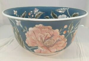 Chinese Export Porcelain Bowl Vintage 5 Tall X 10 Wide Blue Pink And Mint