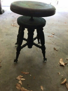Antique H Holtzman Sons Adjustable Height Piano Stool With Glass Ball Claw Fe