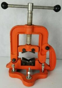 Pipe Vice Bench Style Plumbing Electrical Tool Up To 3 1 2 Pipe
