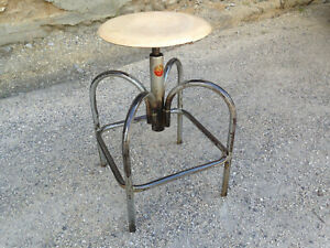 Antique Stool Workshop Heliolithe For Office Setting In Vis Deco Vintage Factory