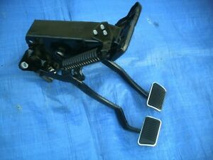 Ford 67 68 Mustang Cougar Reconditioned Oem Manual Brake Clutch Pedal Set
