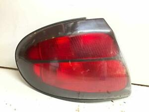 1998 1999 2000 2001 2002 2003 2004 2005 Ford Taurus Tail Light Assembly Left