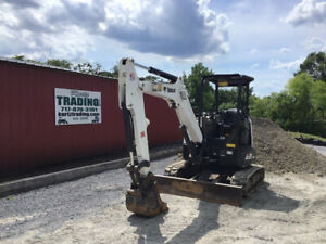 2017 Bobcat E35 Hydraulic Mini Excavator Only 700 Hours Super Clean