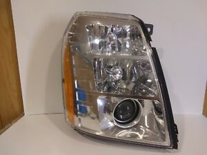 2007 2014 Cadillac Escalade Headlight Assembly Hid Xenon Right Used Genuine Oem