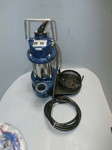 Pro Series St1033 1 3 Hp Cast Iron Submersible Sump Pump W Dual Float Switch