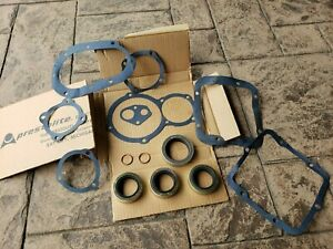 Gmc G749 M211 M135 Military Transfer Case Gasket And Seal Set Nos 7411337