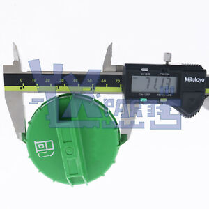 Fuel Cap 6661114 For Bobcat 753 320 322 325 328 329 331 334 335 337 341