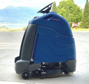 Windsor Chariot Iscrub 20 Riding Scrubber Stand On Commercial Floor Cleaner
