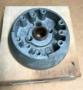 Nos Original Gm 1969 Camaro Wood Steering Wheel Hub 3937896 Also Chevelle Nova
