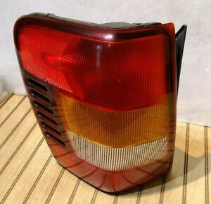 Jeep Grand Cherokee Tail Light Driver Side Oem 1999 2004