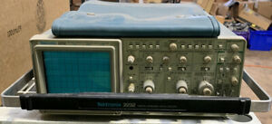 Tektronix 2232 100mhz Analog Digital Oscilloscope