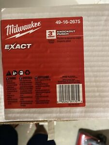 Milwaukee Exact 3 knockout Punch 49 16 2675 New In Bx