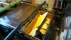 Antique Board Shear 32 In Excellent Condition