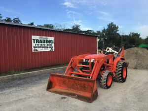 2013 Kubota L3200 4x4 Compact Tractor Loader Backhoe Only 1400 Hours