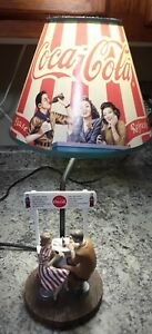 Collectible Coca Cola Coke Table Lamp  Couple at a soda bar.