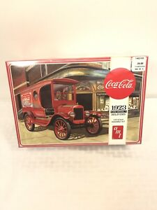 New Sealed AMT 1024 1/25 Coca Cola 1923 Ford Model T Delivery