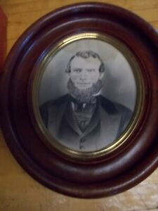 Antique Oval Wood Picture Frame W Old Glass Old Photograph Of 1800s Man Rare