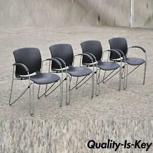 Early 21 C Haworth Zooey Chu Stacking Waiting Room Office Arm Chairs Set Of 4