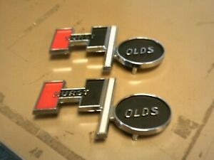 1 Pair Of New Hurst Olds Emblems 4 3 8 X 2 3 16 With Alignment Studs