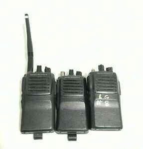 Vertex Standard Vx 414 2 5 5 Watt Two Way Radio