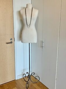 Resellers Female Dress Form Store Display Adjustable Iron Stand Approx Size 6