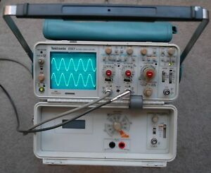 Tektronix 2337 100mhz Oscilloscope Dmm With Dmm Two Probe And Power Cord